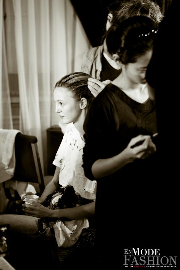 Les coulisses du défilé Lie Sang Bong - Fashion Week Paris