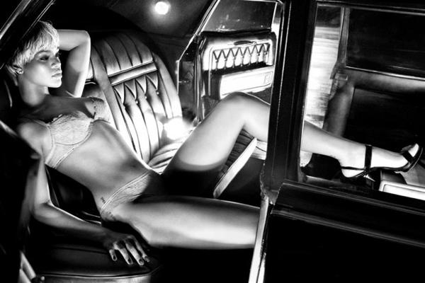 Rihanna Emporio Armani