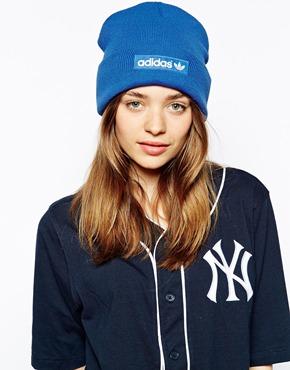 Adidas - Bonnet en maille avec logo